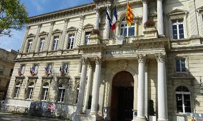 mairie avignon